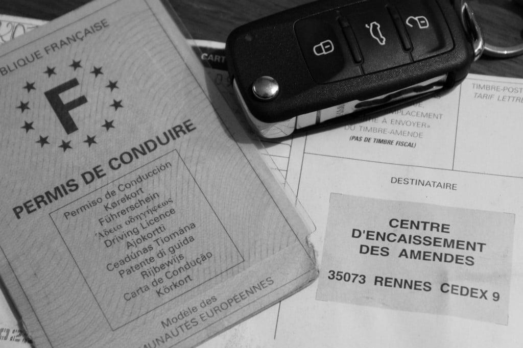 Permis de conduire, PV et clef de voiture © Cabinet MCE - Marie Camille ECK, Avocat au Barreau de PARIS