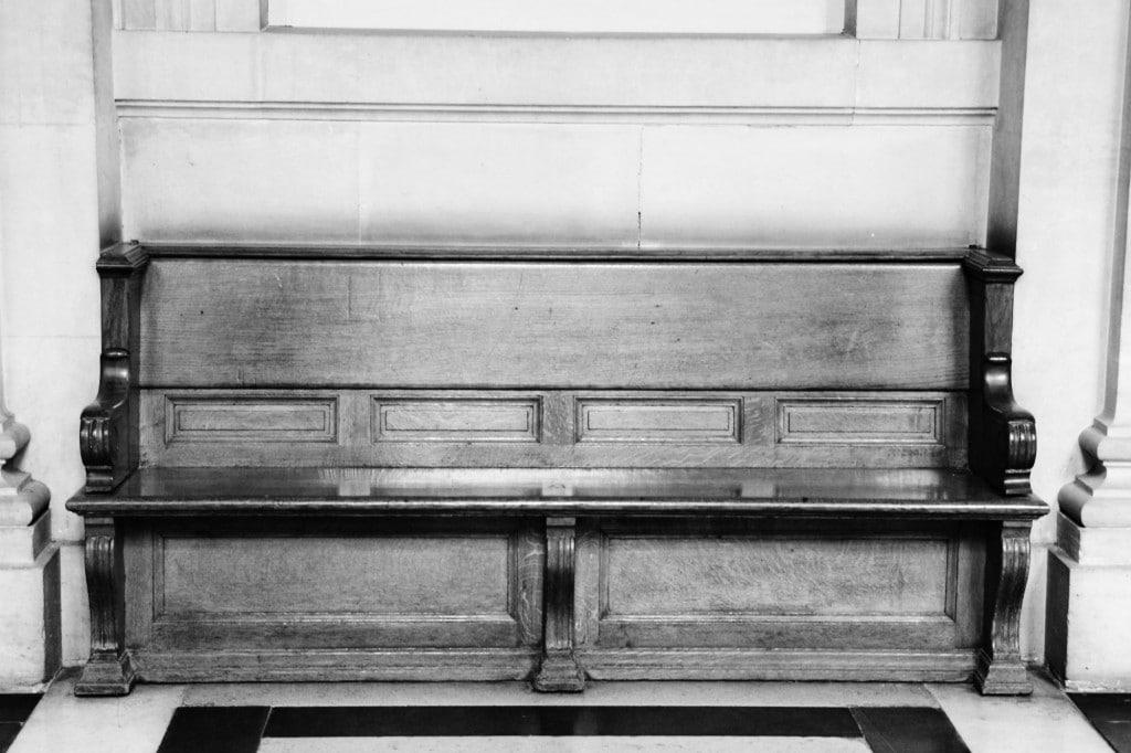 Banc - Palais de Justice de PARIS © Cabinet MCE - Marie Camille ECK, Avocat au Barreau de PARIS