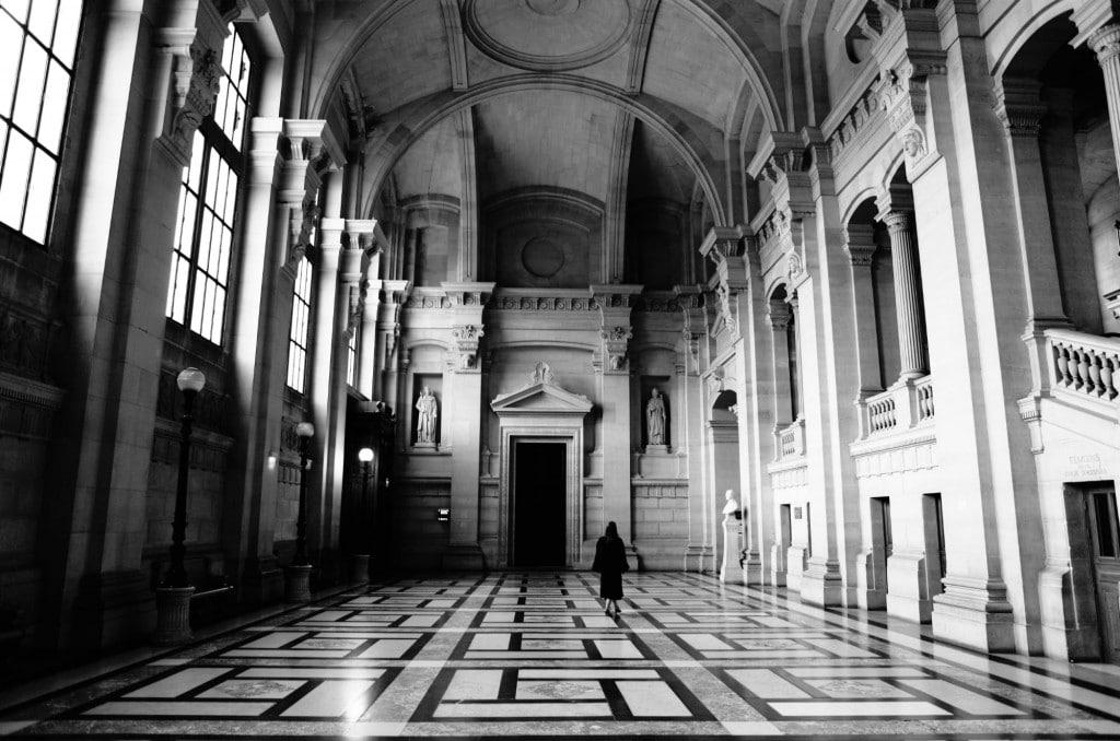 Hall côté place Dauphine Palais de Justice de PARIS © Cabinet MCE - Marie Camille ECK, Avocat au Barreau de PARIS