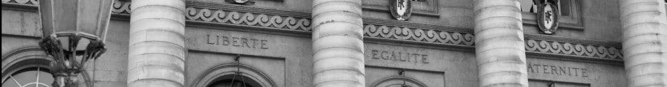 Inscription liberté, égalité, fraternité - entrée du Palais de Justice de PARIS © Cabinet MCE - Marie Camille ECK, Avocat au Barreau de PARIS
