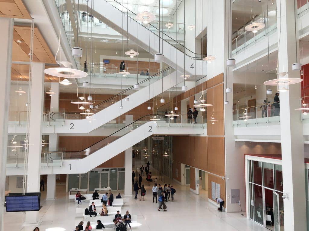 Nouveau Palais de Justice MCE Avocat Paris - Salle des pas perdus